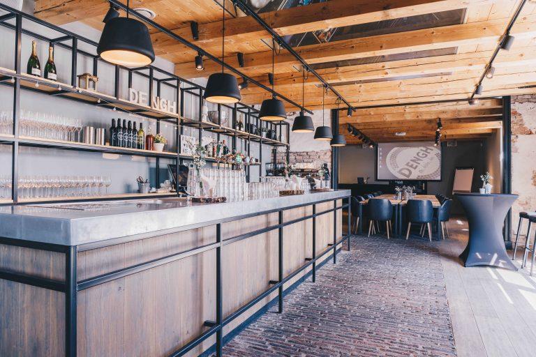 koetshuis-bar